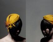 POINTY HAT mustard