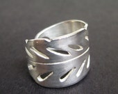 Unique silver feather ring/Iroquois feather ring/Unique thumb ring/ Original indian feather ring/ Unisex silver ring