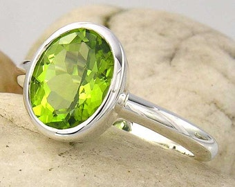 Peridot Sterling Silver Ring. Large, Green Peridot Ring in 925 Sterling Silver. Peridot Solitaire Ring