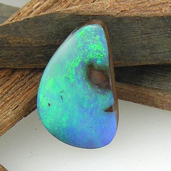 Solid Australian Boulder Opal - 6.76cts - 18.3mm x 10.7mm - Green, Blue, Purple Flashes