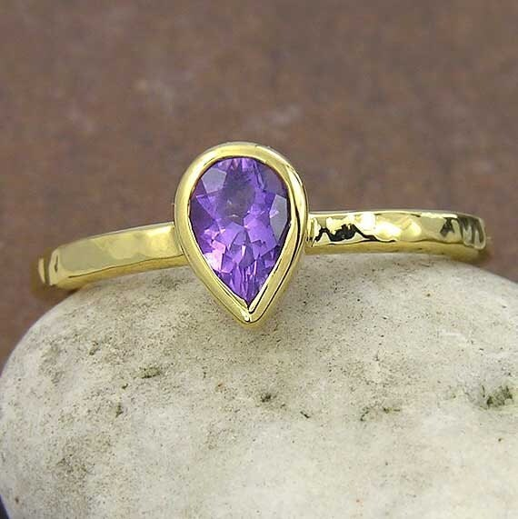 14k yellow gold over silver grape purple amethyst ring. Made to order, February birthstone : AM014