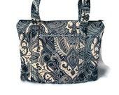 Black quilted zipper medium shoulder bag purse tote hand bag gold beige white