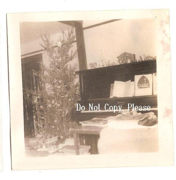 Christmas Time - An Original Vintage Photograph