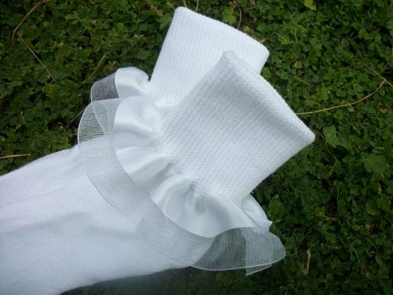 Custom listing for Dusti - 2 pairs of white ruffle socks and 2 white satin/sheer hair bows