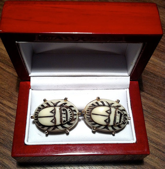 Vintage Hickok Unique Tribal Stone Cufflinks