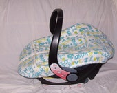 """SALE ---  Ready to Ship --- Baby Car Seat Cover w/ pockets and zipper- Blue and Green """"I Love Mommy & Daddy"""" Fleece"""