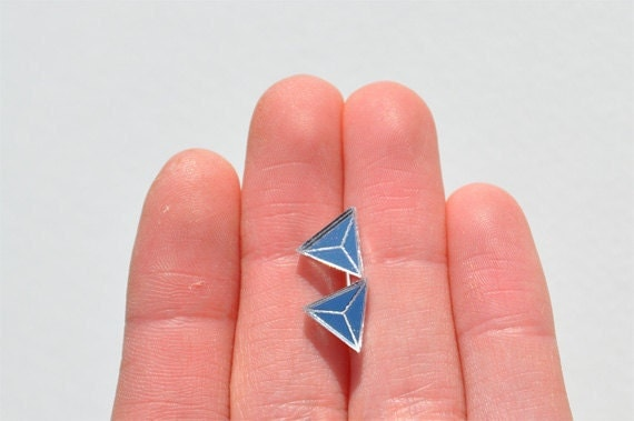 triangle earrings: mirror prism