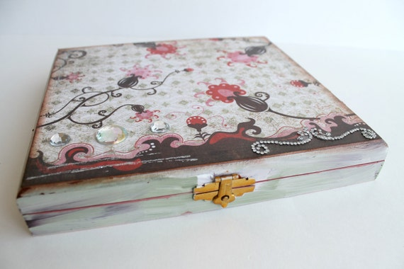 One of a Kind Trinket Box, Cigar Box, Altered Box, Jewelry Box, Stash Box, Hand-Painted Altered Box