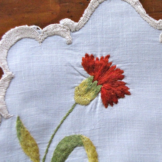 Vintage Linen Doilies Coasters 2 Society Silk Embroidery Red