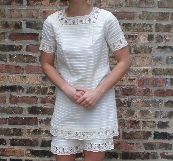 Victorian Sea Bather Outfit - Vintage 60s White Stripes Lace, Tunic & Shorts XS