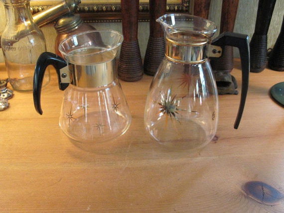 Pair of 1960s Vintage Starburst Glass Pitchers - Midcentury Carafe - Barware