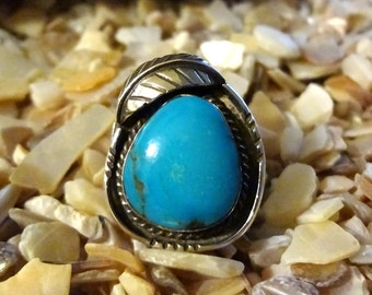SALE ***Native American Turquoise and Sterling  Silver Ring with Leaf Accent size 6