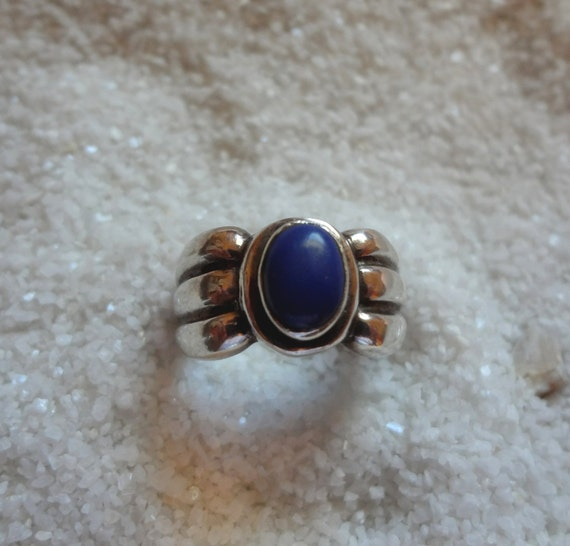Sterling Silver Blue Lapis Ring size 6