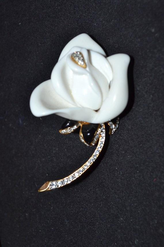 vintage KJL White Rose  brooch