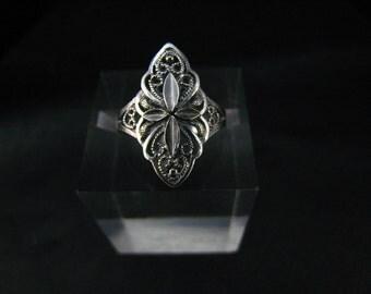 Filigree ring,oxidized fine silver