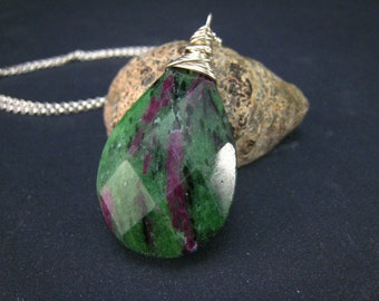 Ruby zoisite Faceted teardrop Pendant in Sterling silver