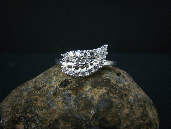 fine silver and rhinstone  ring-size 6