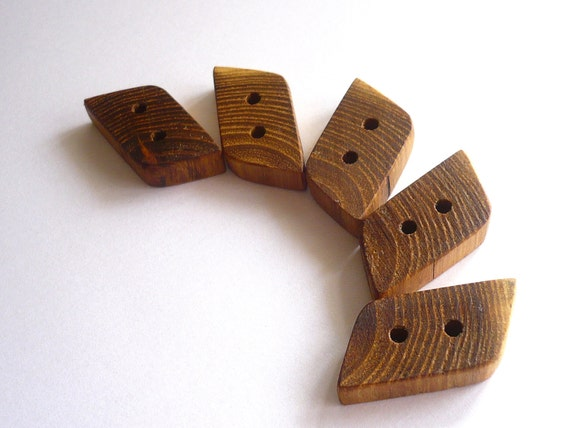 Wooden Buttons - Acacia Tree - Set of 5