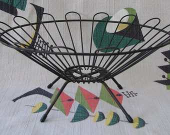 Vintage 1950s Steel Wire Footed Fruit Bowl or Basket - Modern Atomic Style