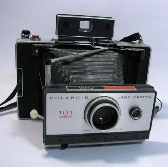 Vintage 1960sPolaroid Land Camera 101 - Folding Camera in Hard Case