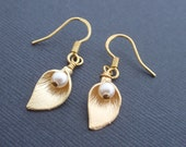 Cara 14K Gold Earring-simple everyday jewelry- Bridesmaid,Wife, Girlfriend, Mothers Gift Idea