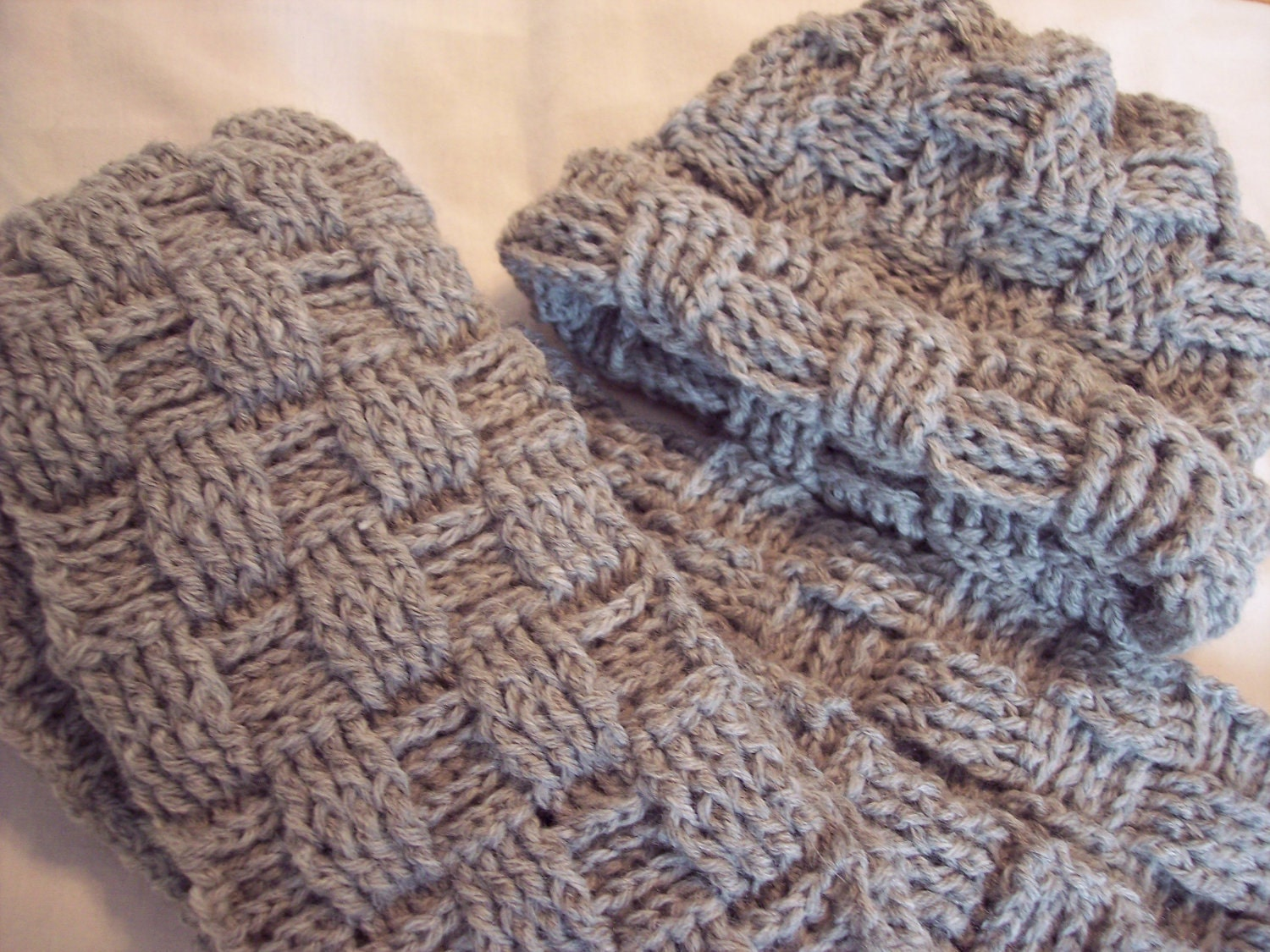 Womens Crocheted Grey Hat and scarf Basket Weave by SandysCorner