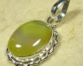 VALENTINES GIFT....NEW Yellow Agate and Silver 925 Pendant