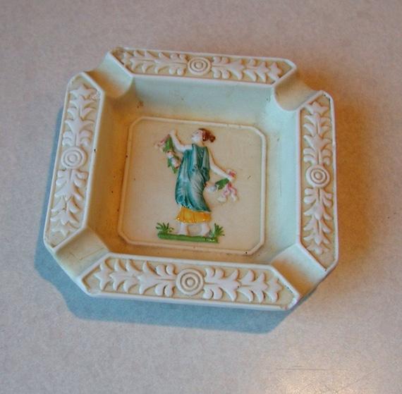 SUPER SALE Vintage 1914 - 1918  Maruyama Toki Japanese Porcelian Ashtray
