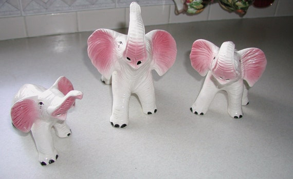 Going Gone CLEARANCE SALE  1950s - 1960s Ceramic  Elephants Set of 3  10% discount