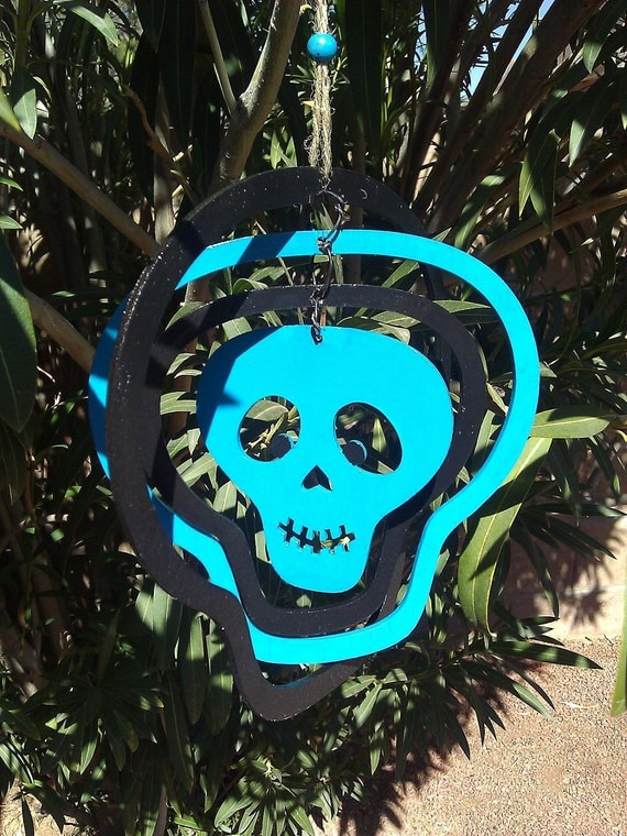 Skull Wind Mobile Garden Art