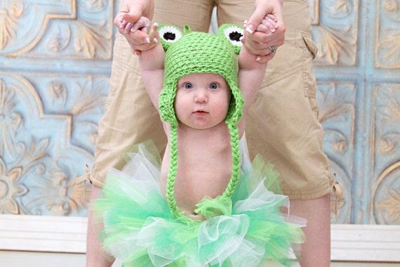 Frog Hat, 0-3 Month Hat, Green Hat, Earflap Hat, Ski Hat, Animal Hat, Crochet Baby Hat, Photo Prop