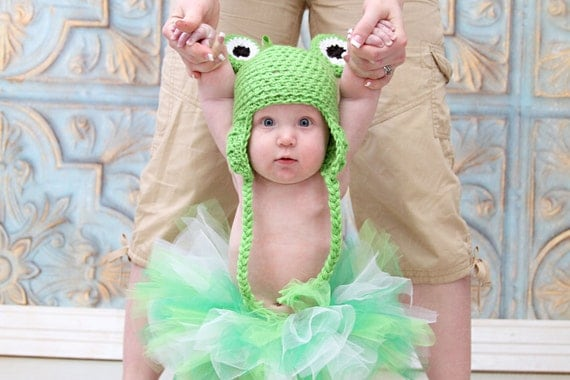 Frog Hat, Baby Frog Hat, Baby Frog Beanie, Ski Hat, Neutral Hat, Crochet Baby Hat, Photography Prop