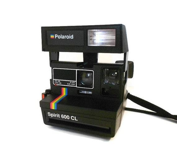 vintage polaroid camera polaroid spirit 600 cl with rainbow. Black Bedroom Furniture Sets. Home Design Ideas
