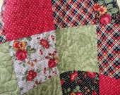 Quilt Lap Patchwork Christmas Reds