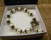 Vintage Bracelet - Pearl