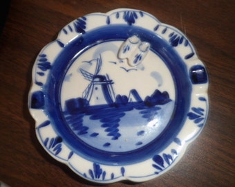 Handpainted Delft Blue Ashtray