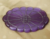 VINTAGE 1930's Purple Bakelite Brooch