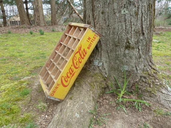 Vintage 1965 Coca-Cola Chattanooga TN Yellow Wood Crate 24-Bottle
