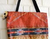 Large Vtg Gold'n'Rust Aztec Print Tote with Concho Zipper