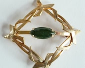 Vintage 12k Gold Filled Brooch Pin Green Jade Jewelry