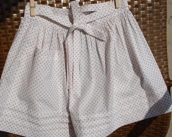 Mom's half tie on gathered apron, white with copper polka dots and pleats