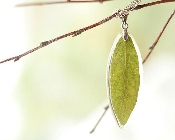 Real leaf resin necklace - Green handmade pendant jewelry - Lonicera tatarica