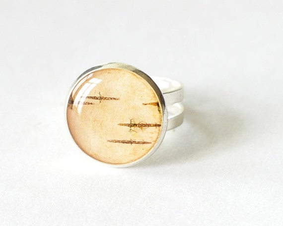 Real birch bark ring - beige peach woodland resin tree rustic - Betula pubescens