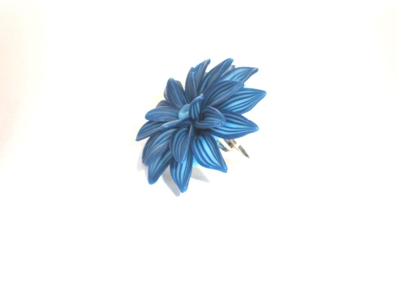 Blue Flower Ring Flower Cocktail Ring by sevdacholakova