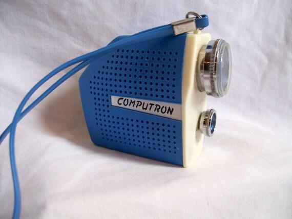 Vintage Computron Transistor Radio