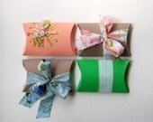 party pack of pillow boxes for spring celebration, wedding, babyshower decor, hostess giftbox- set of 4