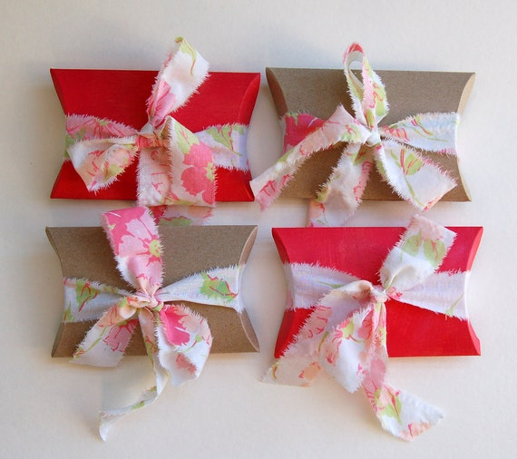 CUSTOM LISTING for Leigh, pillow boxes with  pink fabric ribbon- set of 15