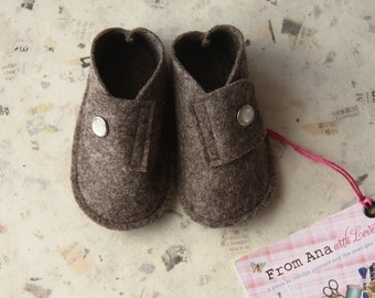 BABY FELT SHOES Boy and Girl - Newborn also available - Natural Brown 100% Wool Felt shoes
