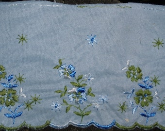 "Vintage Embroidered Trim / Made by Laces Limited Montreal / 4"" Wide"