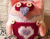 Knitted bride owl